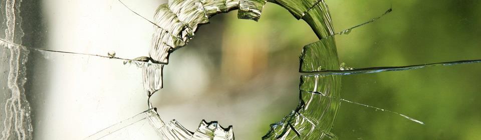 glasschade in raam